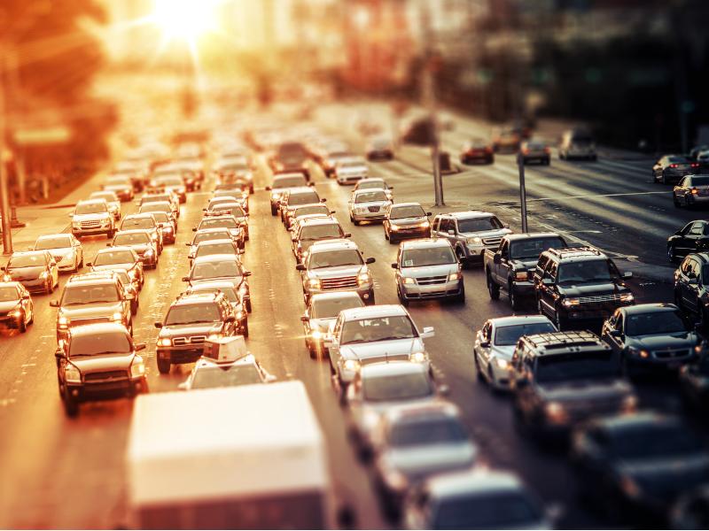 Uma cidade sem ônibus seria impraticável, parada, poluída, intransitável. Um caos!