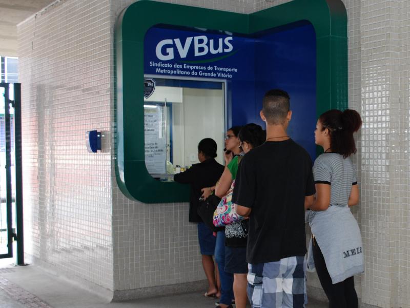 Usuários devem procurar os postos de atendimento do GVBus para atualizar os cartões
