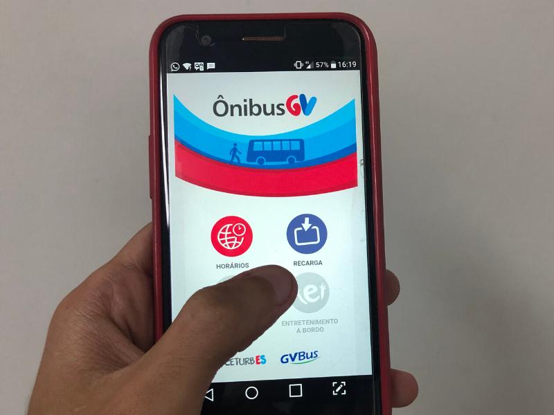 Recarga via app já está disponível nos sistemas Android e em alguns dias no iOS. As funções débito e crédito também estão sendo aceitas nas lojas, nos ATMs, e pelos agentes de venda