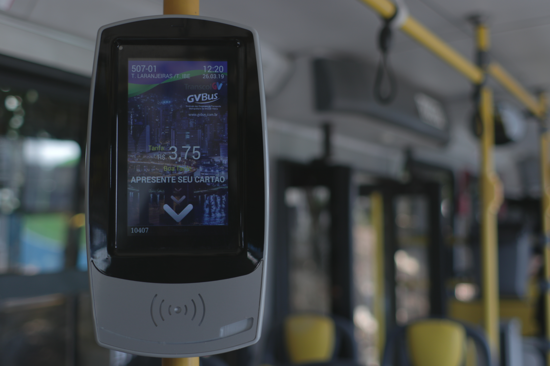 Os estudantes das instituições de ensino superior que oficializaram o retorno das atividades presenciais ao GVBus já podem utilizar o CartãoGV escolar no transporte coletivo