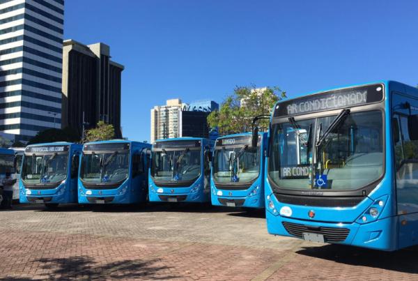 O volume de ar de um ônibus é renovado através desses sistemas em menos de três minutos