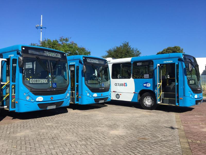 126 ônibus com ar-condicionado estão em circulação nas vias para atender a demanda da população