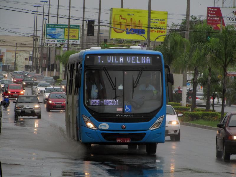 Alta nos preços dos combustíveis altera meios de deslocamento da população e reforça importância do transporte coletivo na formulação de políticas públicas.